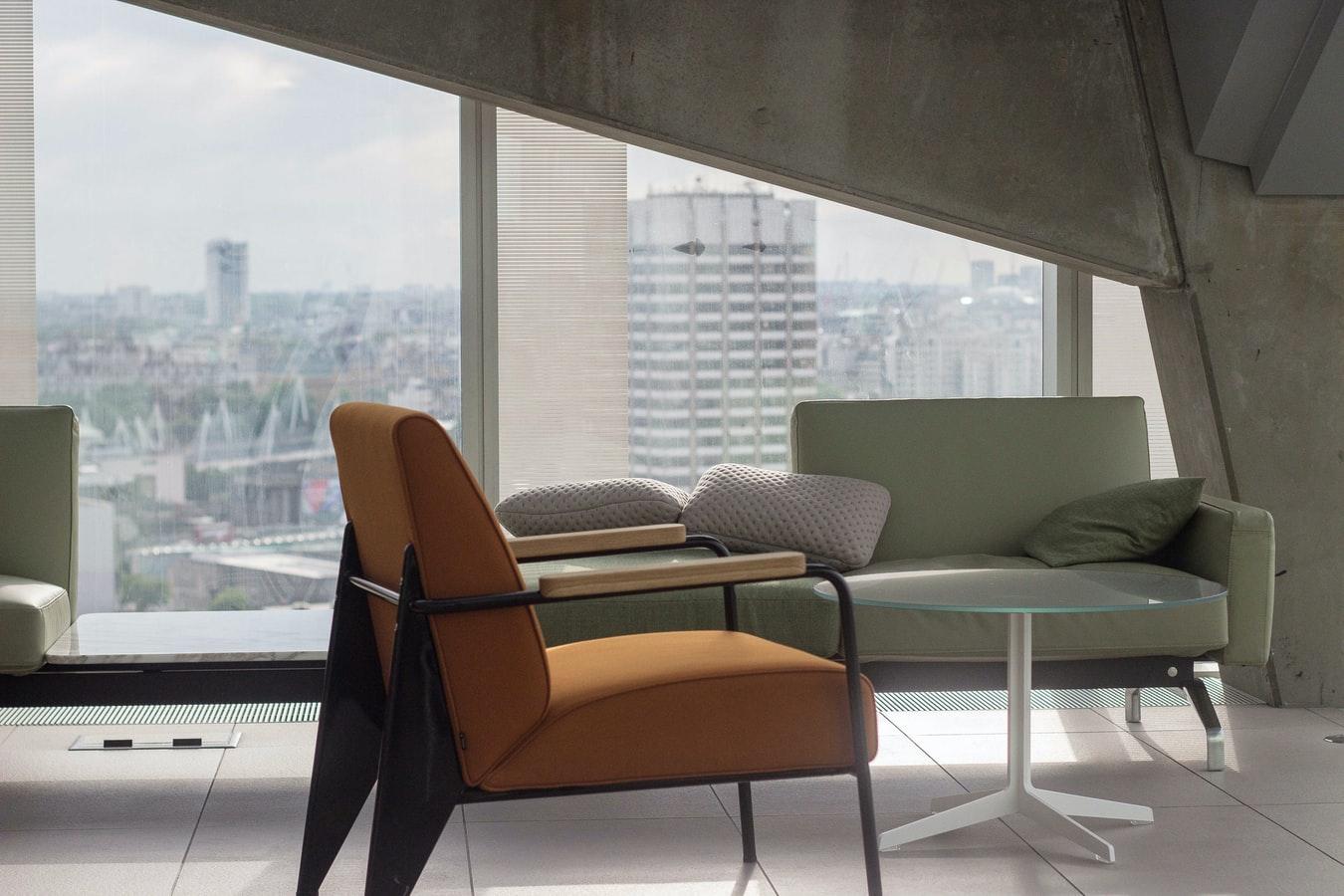 Sådan får råd til retro møbler i dit hjem